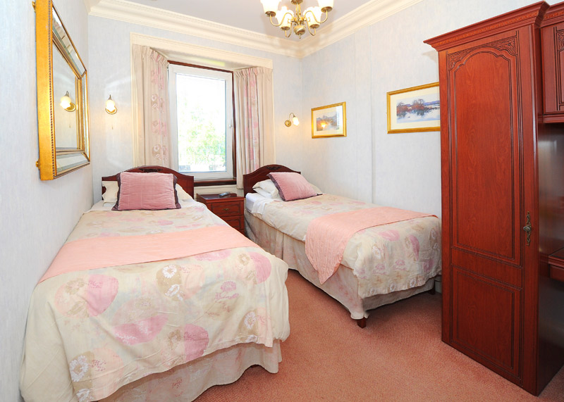 Forth guest house twin room